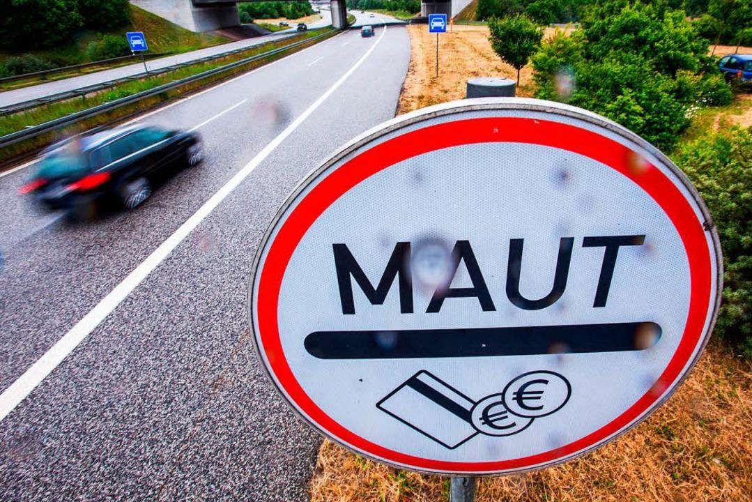 Mautpflichtig ist die Stadtautobahn in...ch die EU-Kommission hat was dagegen.   | Foto: dpa