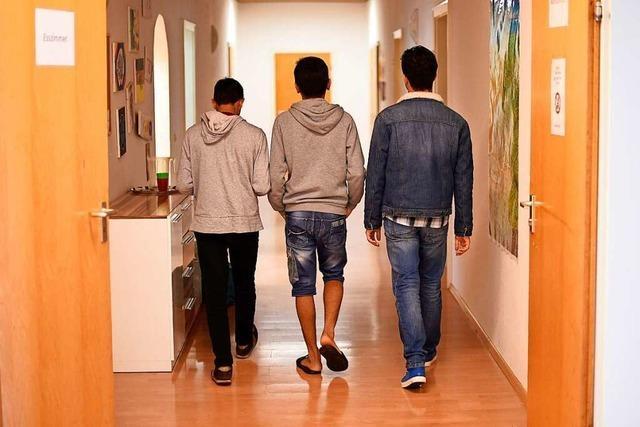 Jung, allein, besonders versorgt: 6766 unbegleitete junge Flüchtlinge leben im Land