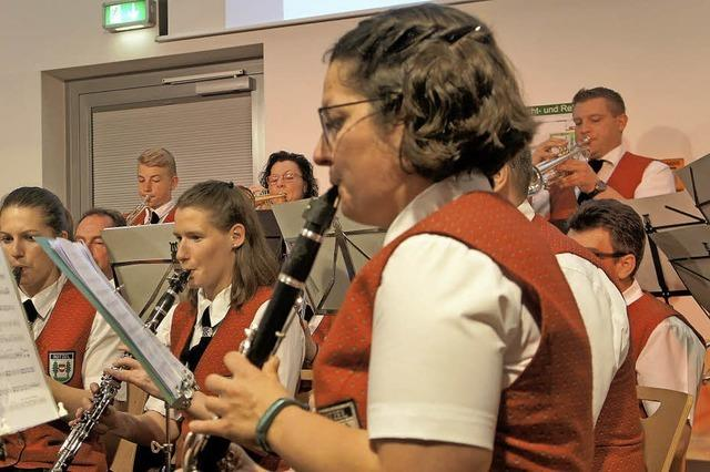 Blasmusik für hundert Gäste