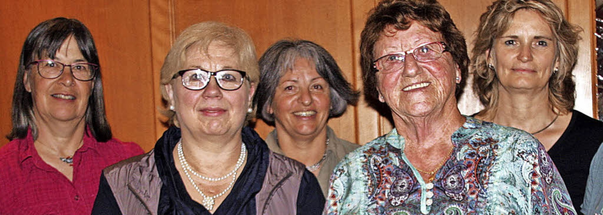 Der TV Laufenburg ehrte langjährige Mi...s, Helga Oeschger und Susanne Mutter.   | Foto: Charlotte Fröse