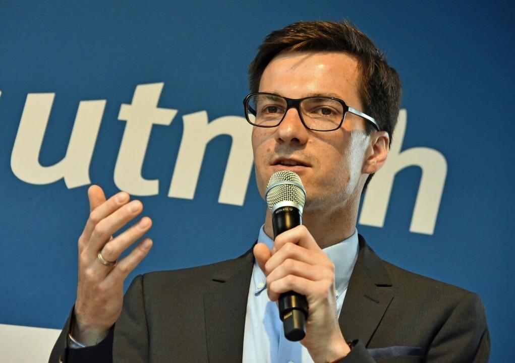 Martin Horn am Wahlabend auf der BZ-Bü...m ersten Wahlgang die meisten Stimmen.  | Foto: Michael Bamberger
