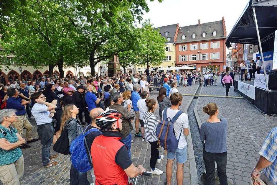 BZ-Hautnah-Veranstaltung zur OB-Wahl auf dem Freiburger Rathausplatz. (Foto: Michael Bamberger)