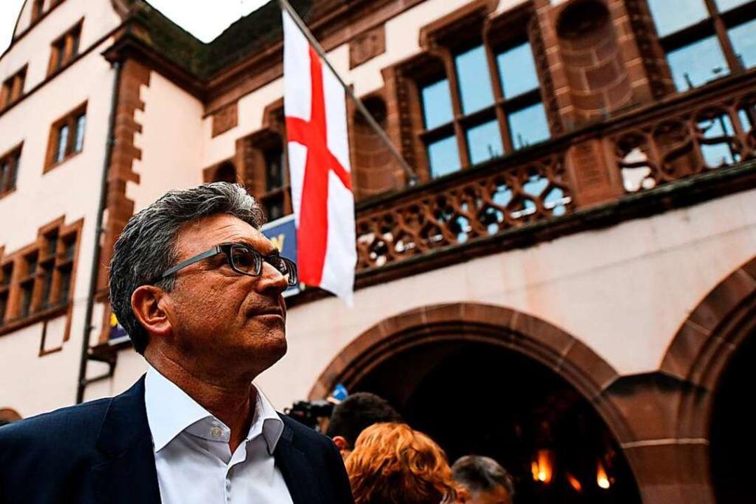 OB Dieter Salomon nach der Wahl. Er will jetzt um eine dritte Amtszeit kämpfen.  | Foto: dpa