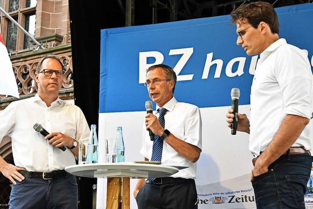 Talk auf der BZ-Bühne: BZ-Chefredakteu...Bildung und BZ-Redakteur Florian Kech.  | Foto: Michael Bamberger