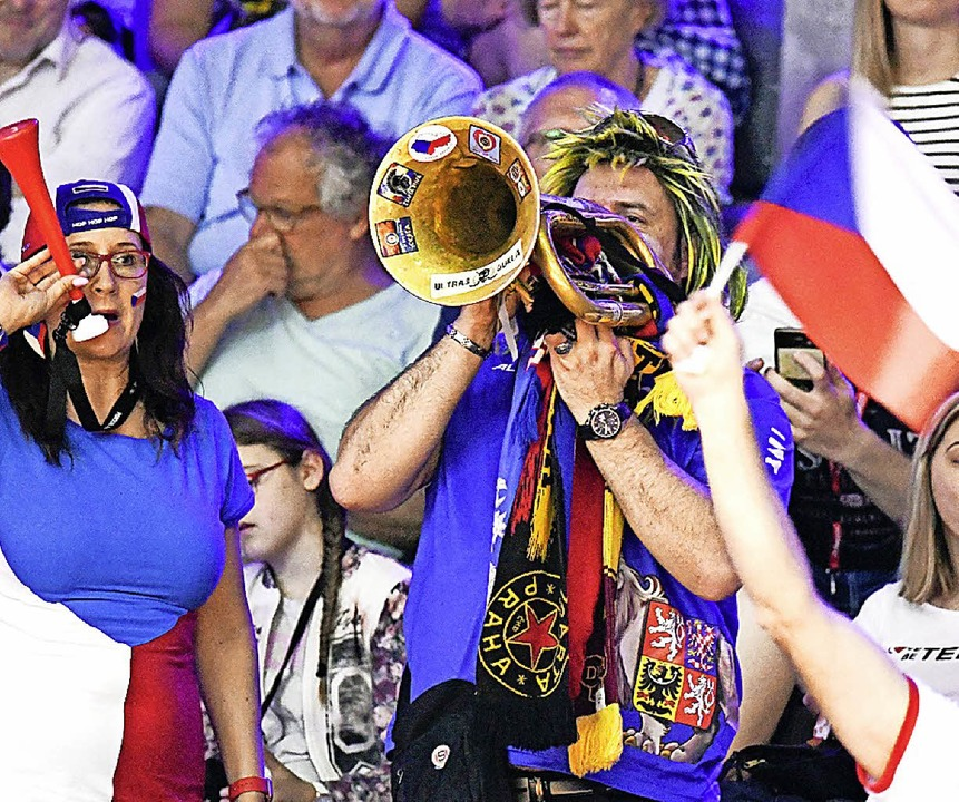 Lautstarke tschechische Fans  | Foto: AFP