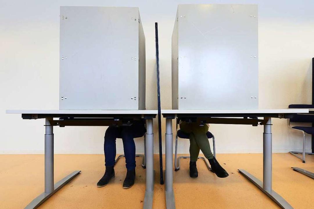 Am Sonntag, 6. Mai 2018, sind Freiburg... die Wahlkabine zu gehen (Archivbild).  | Foto: Ingo Schneider
