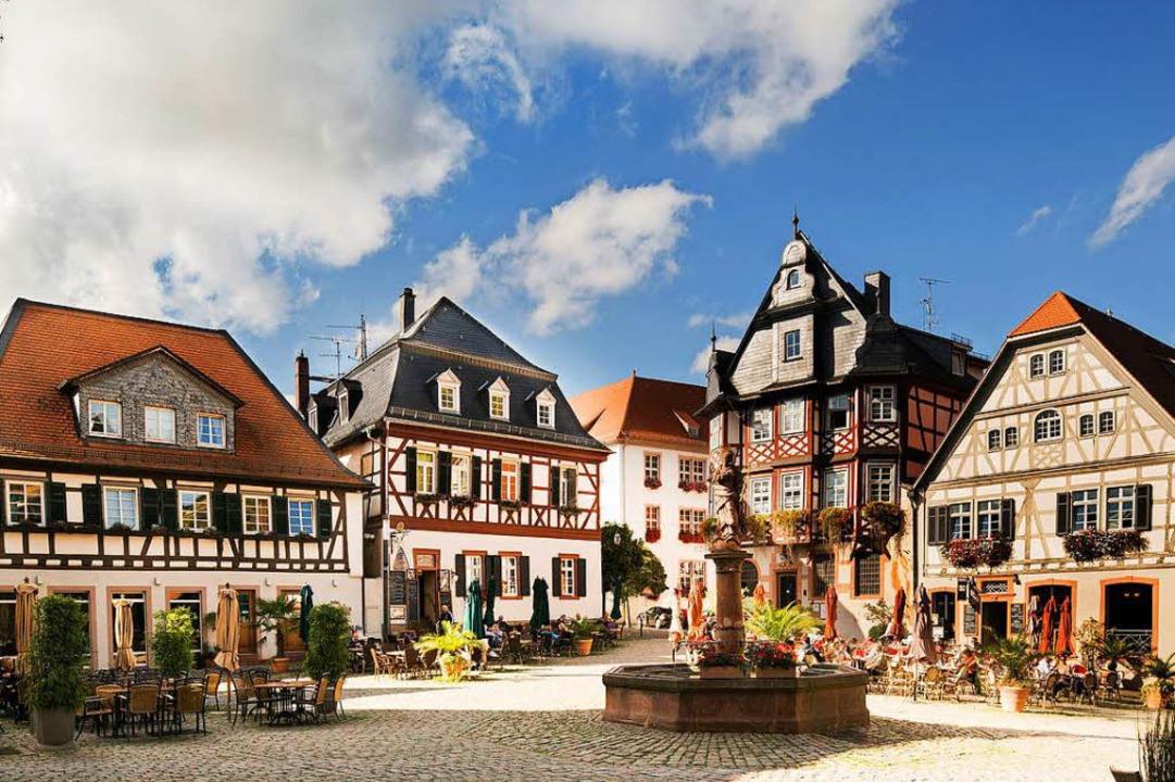Mittelalterliches Herzstück der Stadt: der Marktplatz von Heppenheim  | Foto: Deutsches Weininstitut GmbH (DWI)
