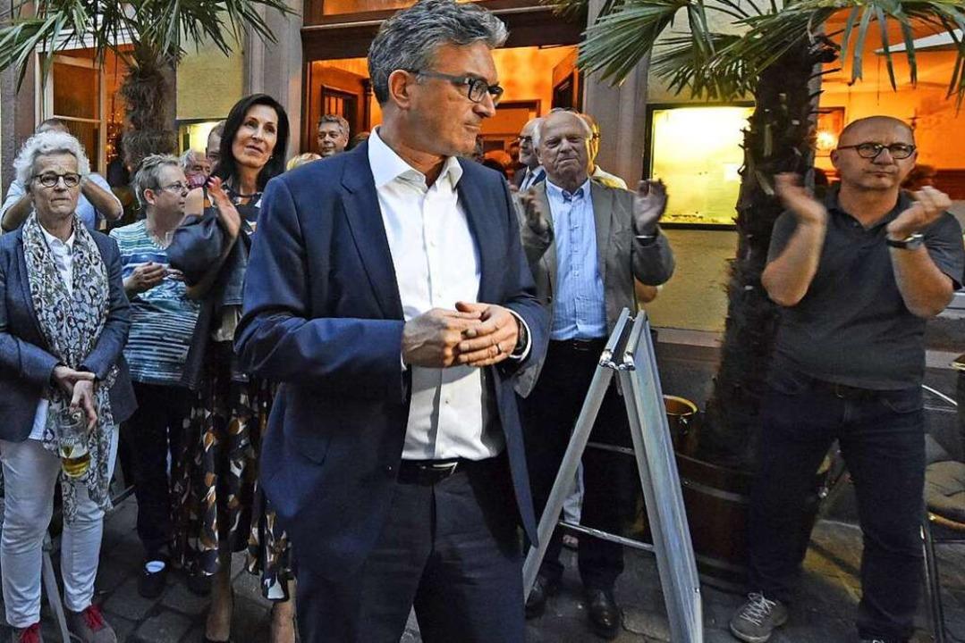"""Dieter Salomon bei seiner Wahlparty am Restaurant """"Harmonie""""    Foto: Michael Bamberger"""