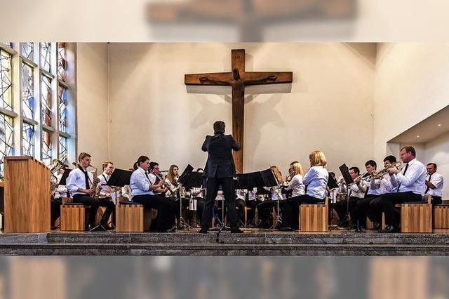 Die Bergmannskapelle füllt die Bugginger St. Marien-Kirche gut