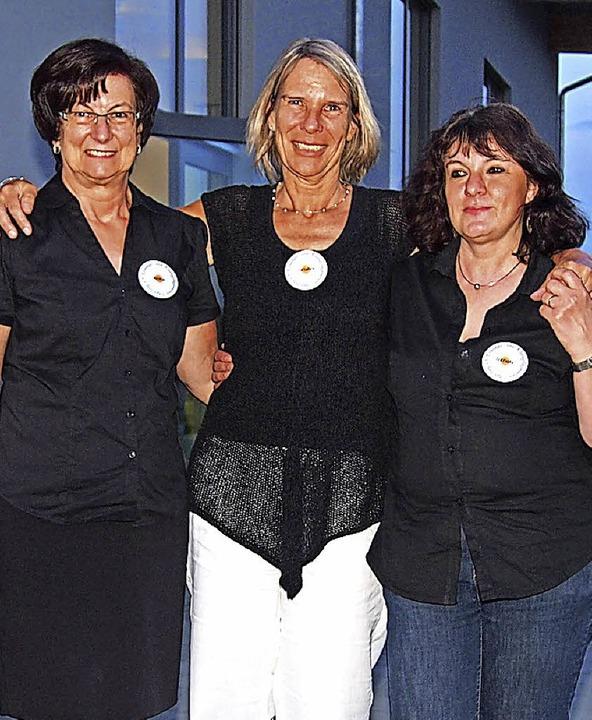 Wahlen und Ehrungen beim Krankenpflege...rden Christine Putz und Renate Kunzer.    Foto: Poppen