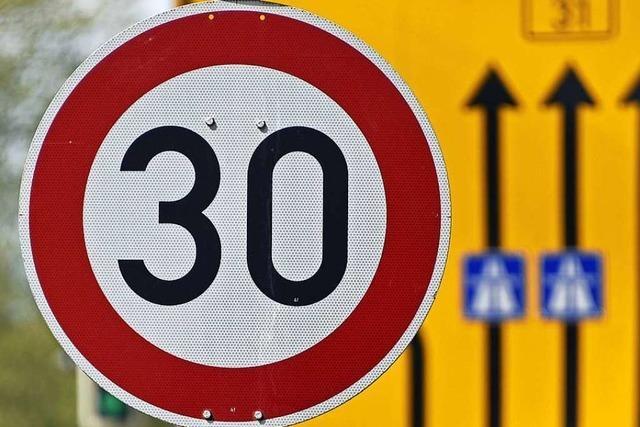 Auf vielen Hauptverkehrsstraßen soll nachts bald Tempo 30 gelten
