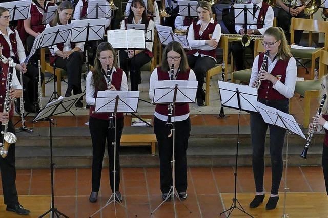 Musiker feiern Geburtstag in der Kirche