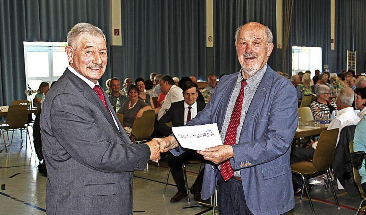 Dieter Lösch, VdK-Kreisvorsitzender, (...erdinger Vorsitzende Horst Herbstreit   | Foto: Mario Schöneberg