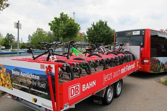 Bus zwischen Freiburg und Titisee bietet 20 Plätze für Fahrräder