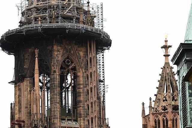 Der Freiburger Münsterturm wird nach zwölf Jahren bald ohne Gerüst sein