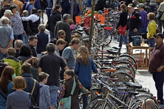 Radmarkt, Autosalon und verkaufsoffener Sonntag in Emmendingen