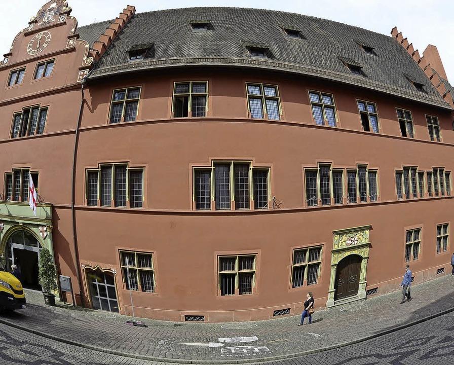 Muss Dieter Salomon sein Amtszimmer im...hren räumen? Die Wahl bleibt spannend.    Foto: fotos: Ingo Schneider, DPA (3)