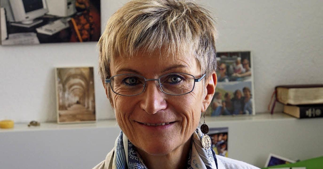 Dekanin Bärbel Schäfer ist in Mulhouse...geht in ihrem Workshop um die Ökumene.  | Foto:  Bob