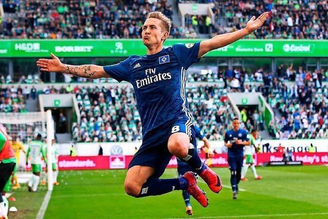 Der HSV gewinnt 3:1 gegen Wolfsburg und hofft weiter