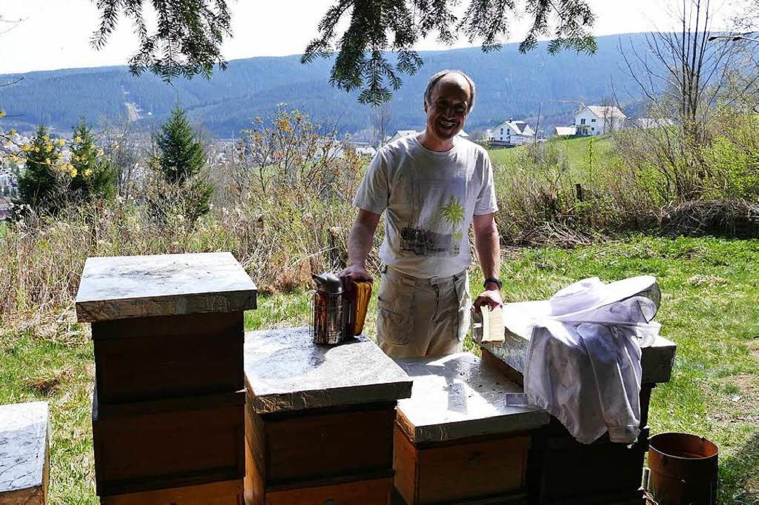 15 Kisten in allen Größen beherbergen ...en, deren Honig Albert Hug vertreibt.   | Foto: Silas Schwab