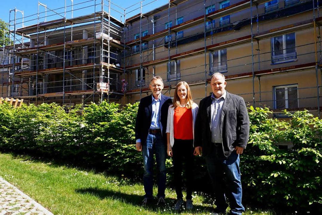 Stadtmissionsvorstand Ewald Dengler, H...ng des neuen Pflegehauses in Breisach.  | Foto: Julius Steckmeister
