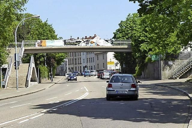 24-jährige Frau auf Brücke vergewaltigt