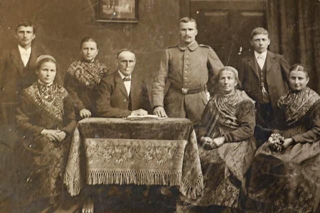 Verwirrung um ein altes Familienfoto