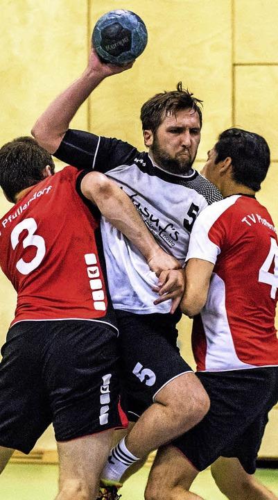 Zu einer weiteren Landesliga-Saison du...r Dennis Sugg (links) und Hoan Luu Duc  | Foto: Gerd Gruendl