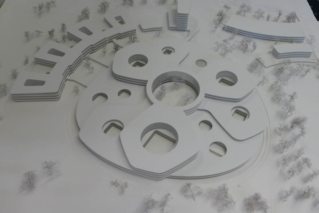 Pläne und Modelle des Zentralklinikums Lörrach  | Foto: Willi Adam