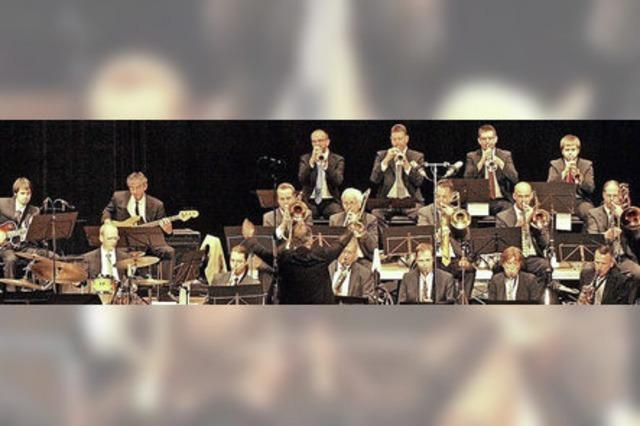 JMS Big Band und Tanuzorchester Metropol in Titisee-Neustadt