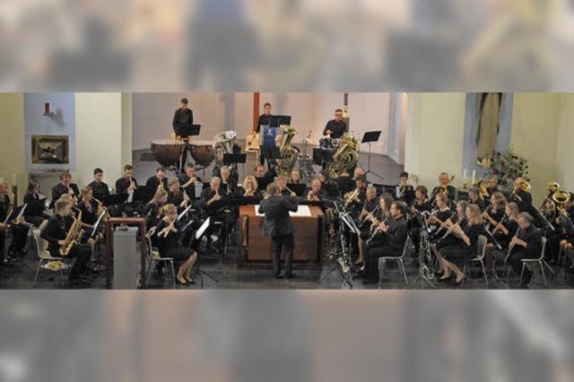 Zwei Orchester, ein Ziel: die Melodien der Heimat