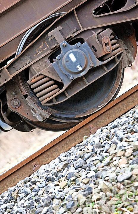 Die Belastung durch Bahnlärm so gering...lich zu halten, ist das Ziel von MUT.   | Foto: dpa