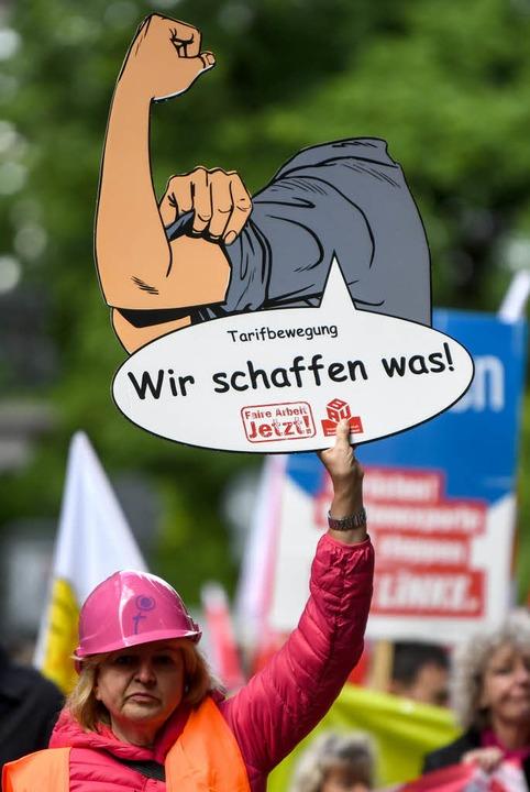 Demonstration in Freiburg zum 1. Mai  | Foto: dpa