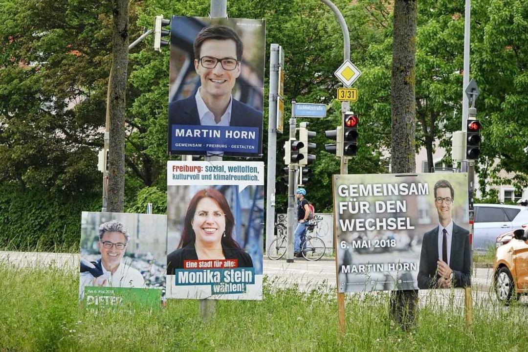 Die Wahlplakate der drei Kandidaten  | Foto: Wolfgang Grabherr