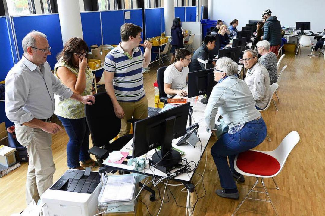 Nicht jeder schafft es noch ins Wahlamt.    Foto: Ingo Schneider