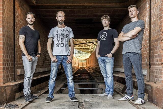 RightFalse kommen mit eigenen Songs in den Offenburger Spitalkeller