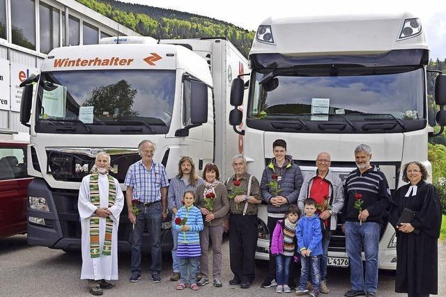 Trucks auf dem Weg nach Rumänien
