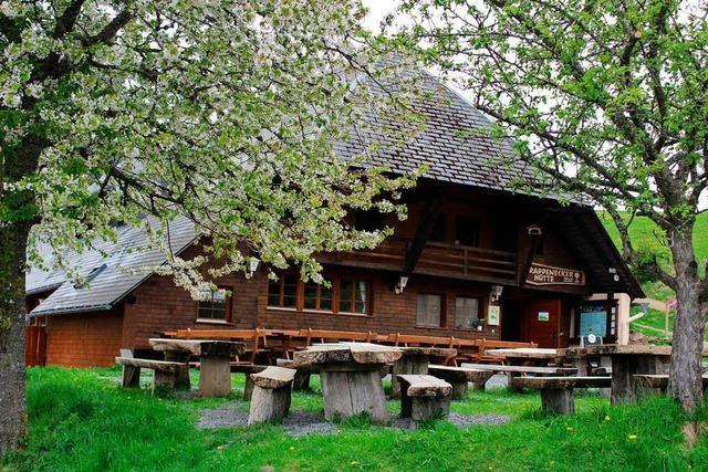 Die Rappenecker Hütte in Oberried hat wieder geöffnet – mit neuen Pächtern
