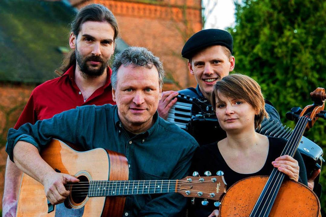Die Grenzgänger um Michael Zachcial (vorne links)  | Foto: Helena Wuttke