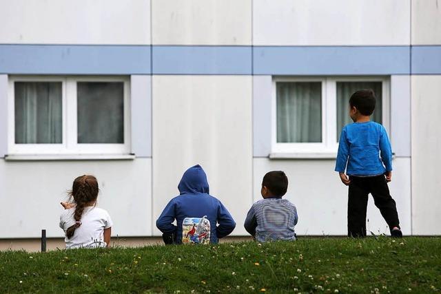 Polizeigewerkschaft und Pro Asyl warnen vor
