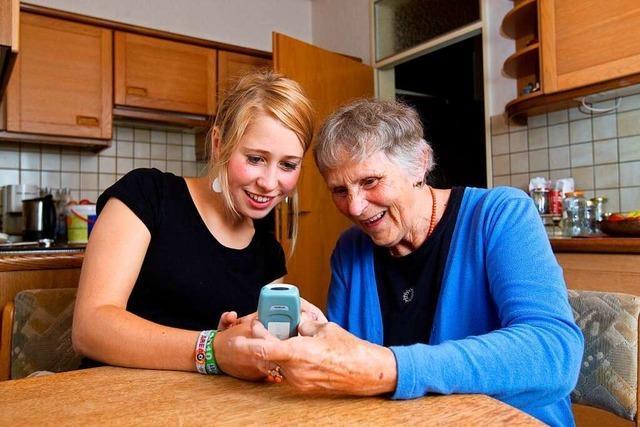 Wenn Studenten und Senioren zusammen wohnen