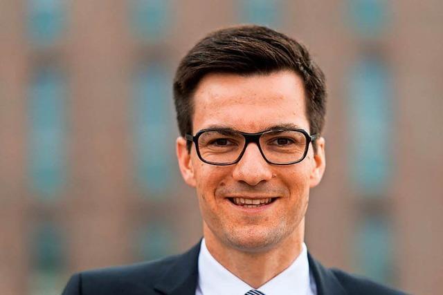 OB-Wahl in Freiburg: Martin Horn führt bei Auszählung im zweiten Wahlgang
