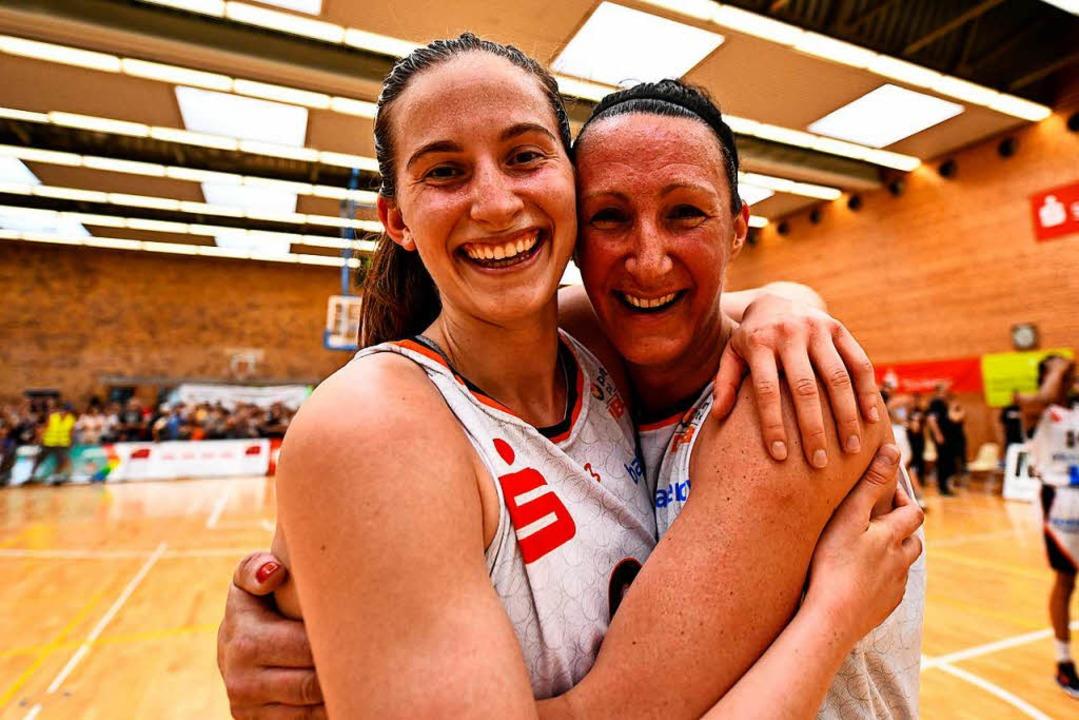 Die Eisvögel haben den Aufstieg in die erste Basketball-Bundesliga geschafft.  | Foto: Patrick Seeger