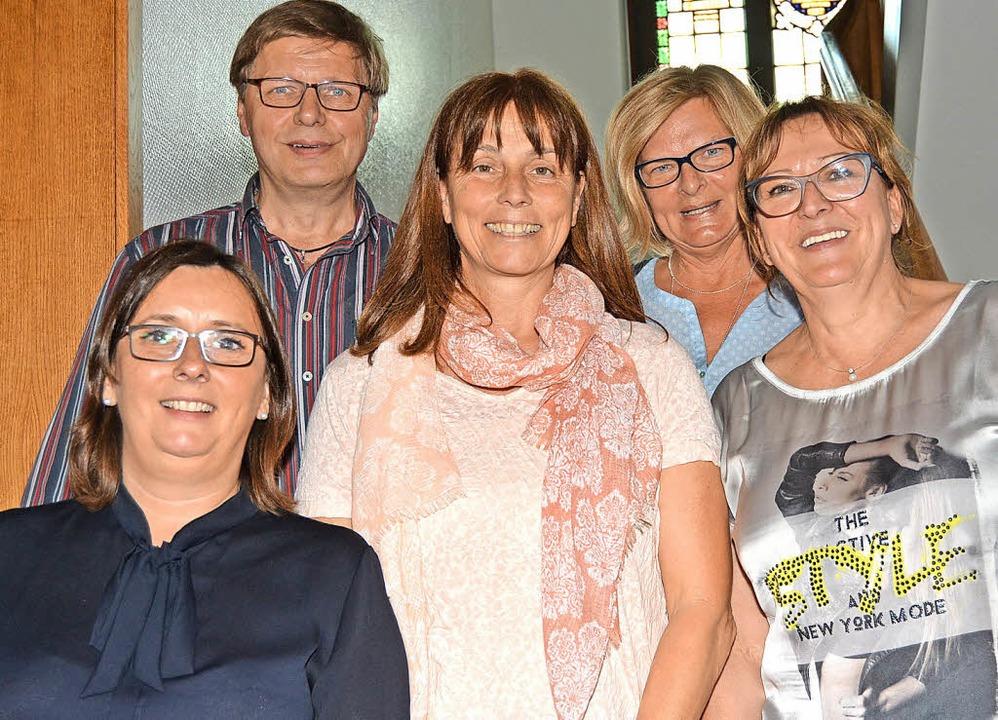 Der AWO-Vorstand  (v. l.): bisherige K...Ruth Mester, Kassiererin Bärbel Basler  | Foto: Hirschberger