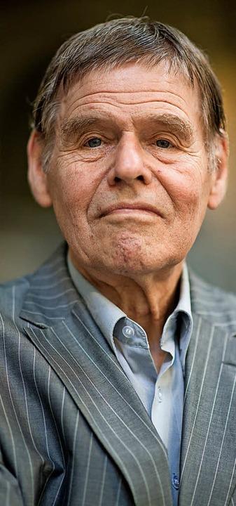 Christoph Meckel erhält in Hausen den  Hebelpreis.   | Foto: Dpa