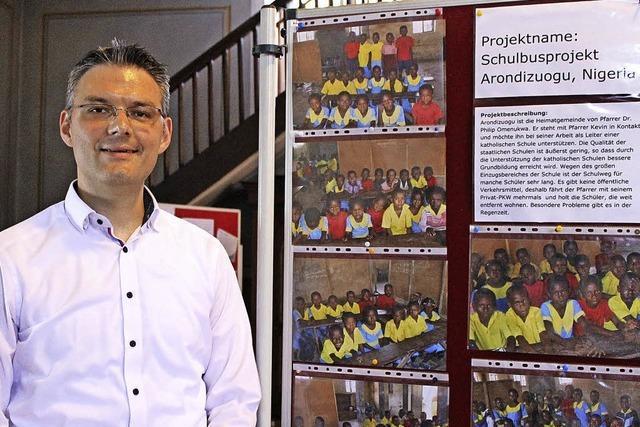 Orgelspiel für Kinder in Nigeria