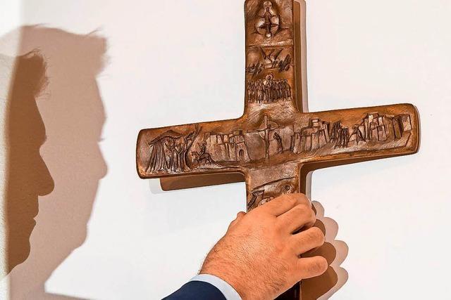 Kretschmann spottet über Söders Kruzifix-Foto: Wie im Vampir-Film