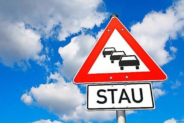 Autofahrer aus Richtung Süden standen in Freiburg im Stau