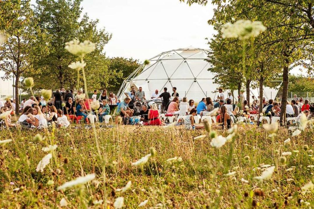 Design und Kirschbaum: Der Vitra-Campus in Weil am Rhein  | Foto: Vitra Campus