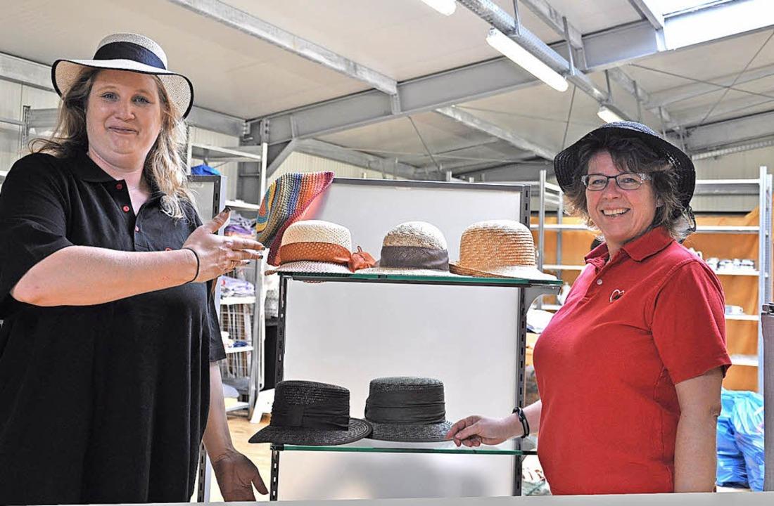 Freuen sich auf Kunden im Fallberg: Stefanie Gimbel (links) und Ina Pietschmann   | Foto: Verena Pichler